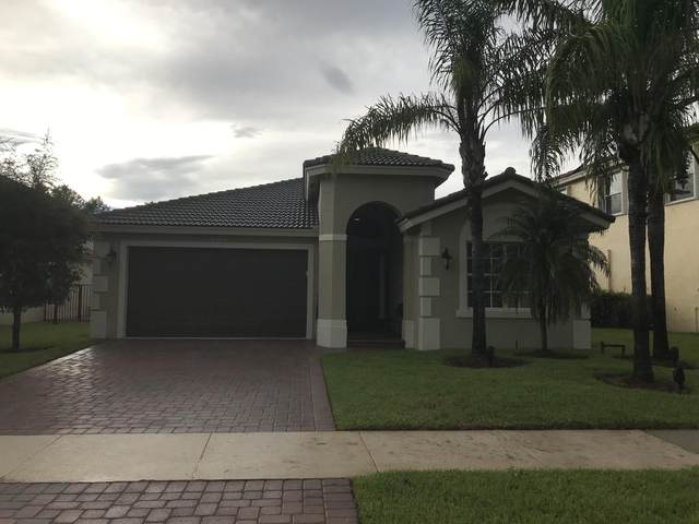 2288 SW Newport Isles Boulevard, Port Saint Lucie, FL 34953 (#RX-10636273) :: Real Estate Authority