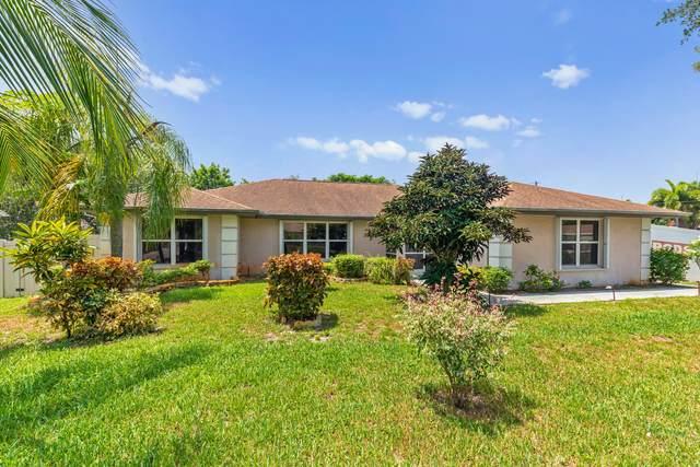 1702 SW Finch Lane, Port Saint Lucie, FL 34953 (#RX-10636373) :: Ryan Jennings Group