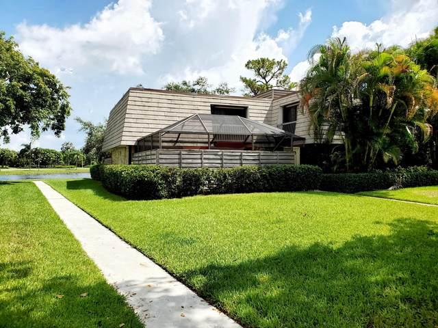 121 1st Terrace, Palm Beach Gardens, FL 33418 (#RX-10636747) :: Manes Realty Group