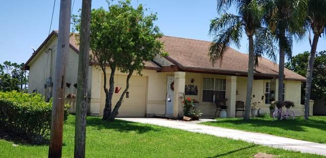 2850 SE East Blackwell Drive, Port Saint Lucie, FL 34952 (#RX-10636869) :: Ryan Jennings Group