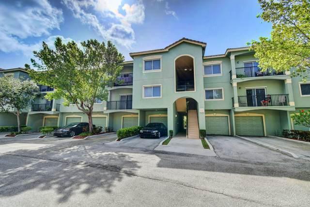 360 Crestwood Circle #306, Royal Palm Beach, FL 33411 (#RX-10636875) :: Ryan Jennings Group