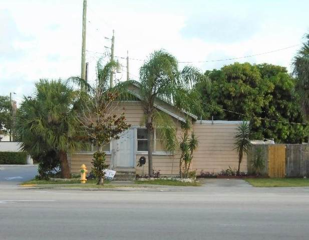 913 10th Avenue N, Lake Worth, FL 33460 (#RX-10636890) :: Manes Realty Group