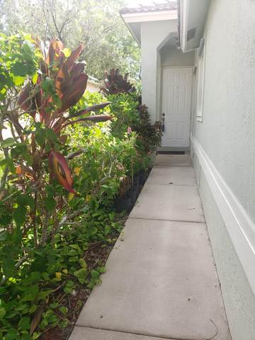 150 Prestige Drive, Royal Palm Beach, FL 33411 (#RX-10636970) :: Manes Realty Group