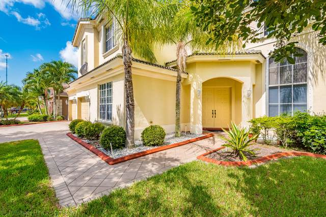 10723 Oak Meadow Lane, Lake Worth, FL 33449 (#RX-10637010) :: Ryan Jennings Group