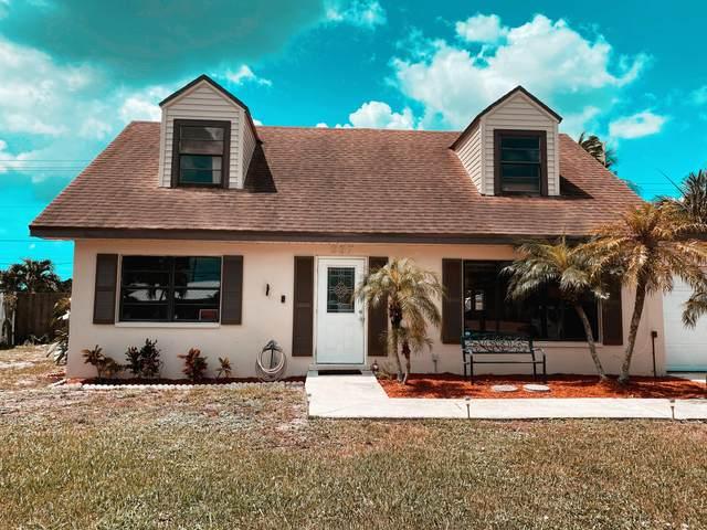 337 Cypress Lane, Palm Springs, FL 33461 (#RX-10637077) :: Ryan Jennings Group