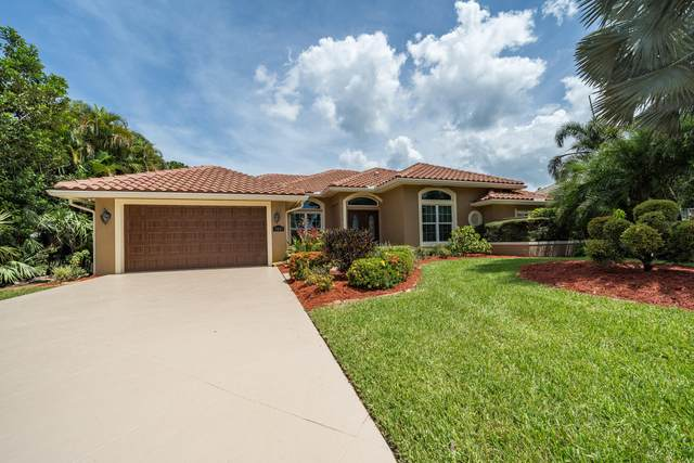 7821 SE Double Tree Drive, Hobe Sound, FL 33455 (MLS #RX-10637240) :: Berkshire Hathaway HomeServices EWM Realty