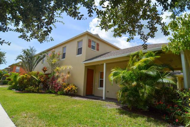 1956 SE Grand Drive SE, Port Saint Lucie, FL 34952 (#RX-10637296) :: The Reynolds Team/ONE Sotheby's International Realty