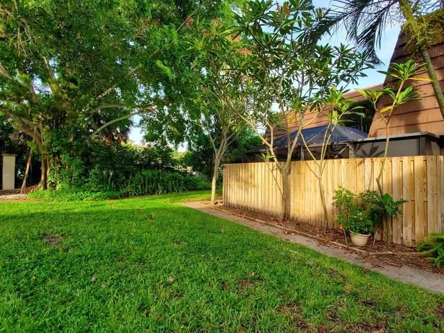 2317 23rd Lane, Palm Beach Gardens, FL 33418 (MLS #RX-10637342) :: The Jack Coden Group