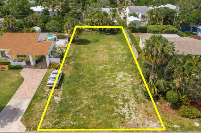 226 NE 11th Street, Delray Beach, FL 33444 (#RX-10637690) :: Ryan Jennings Group
