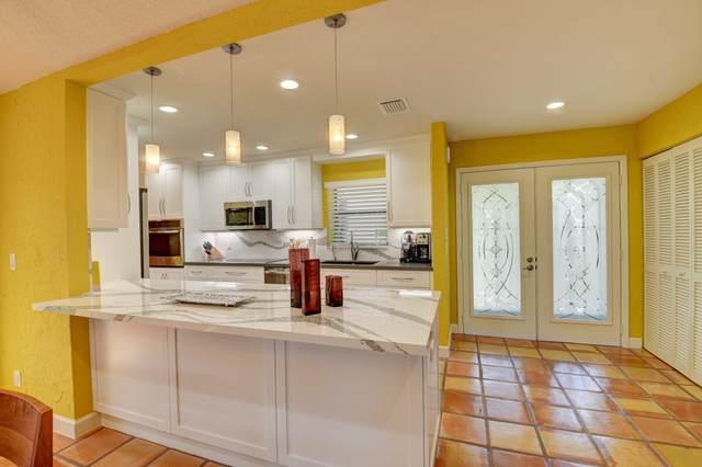 17 Brentwood Drive, Boynton Beach, FL 33436 (MLS #RX-10638389) :: United Realty Group