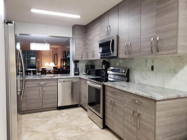 4734 Lucerne Lakes Boulevard #306, Lake Worth, FL 33467 (#RX-10638399) :: Posh Properties