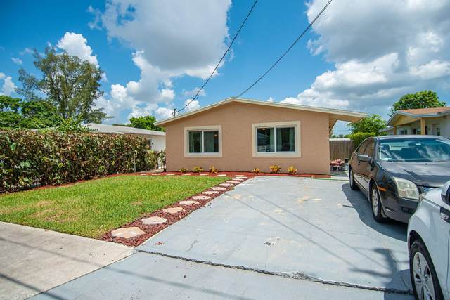 1652 W 10th Street, Riviera Beach, FL 33404 (MLS #RX-10638422) :: Berkshire Hathaway HomeServices EWM Realty