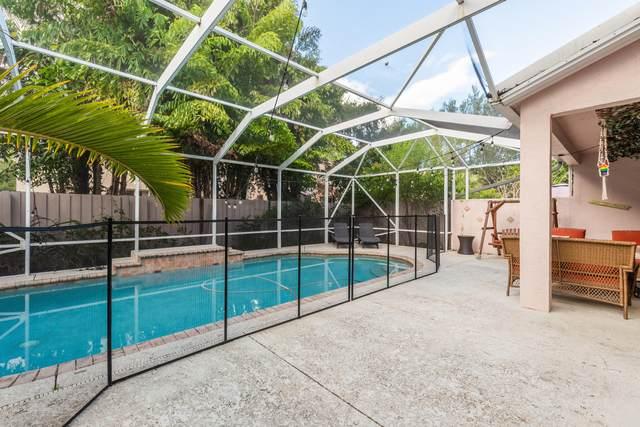 7627 Oak Grove Circle, Lake Worth, FL 33467 (#RX-10638438) :: Posh Properties