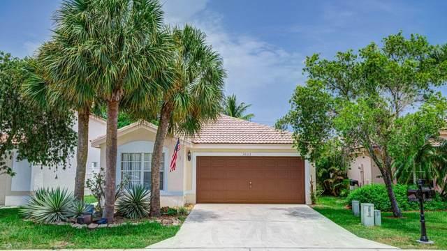 7032 Chesapeake Circle #7032, Boynton Beach, FL 33436 (MLS #RX-10638460) :: Berkshire Hathaway HomeServices EWM Realty