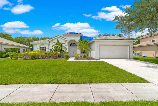 11314 Edgewater Circle, Wellington, FL 33414 (#RX-10638621) :: Ryan Jennings Group