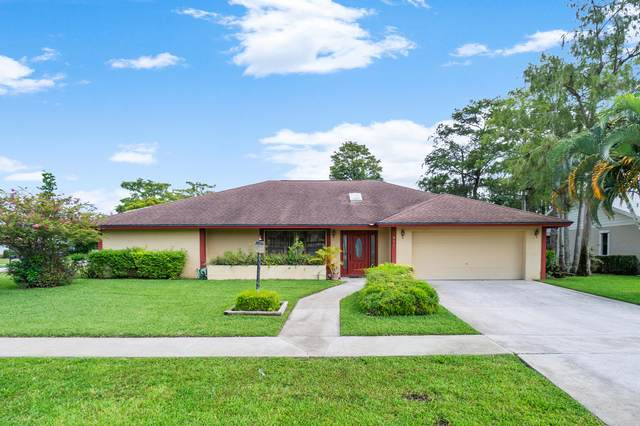 811 Silverbell Lane, Wellington, FL 33414 (#RX-10638875) :: Ryan Jennings Group