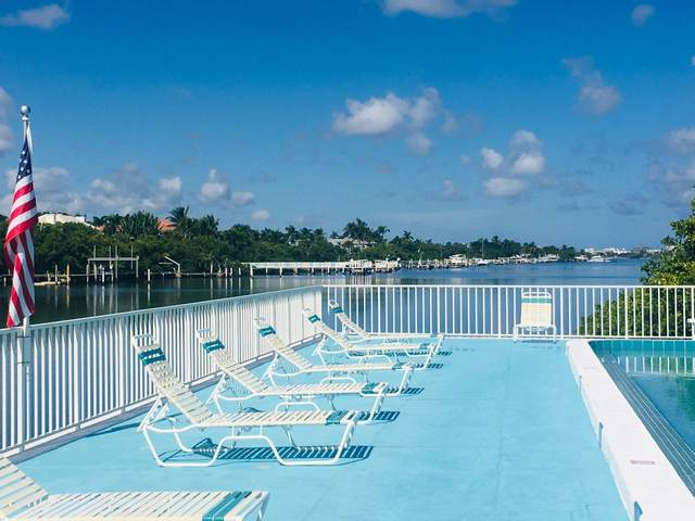 4001 S Ocean Boulevard #102, South Palm Beach, FL 33480 (MLS #RX-10639034) :: Berkshire Hathaway HomeServices EWM Realty