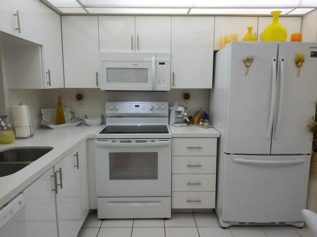 7270 Ashford Place #401, Delray Beach, FL 33446 (MLS #RX-10639485) :: Berkshire Hathaway HomeServices EWM Realty