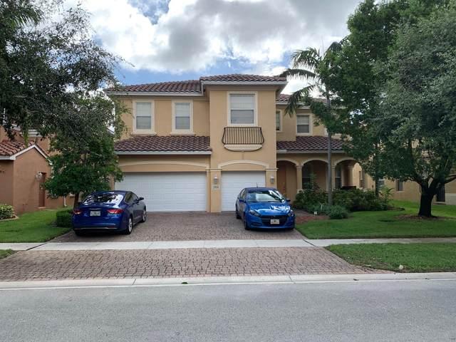 506 Cresta Circle, West Palm Beach, FL 33413 (#RX-10640003) :: Ryan Jennings Group