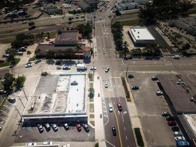 940 Park Avenue, Lake Park, FL 33403 (MLS #RX-10640143) :: Berkshire Hathaway HomeServices EWM Realty