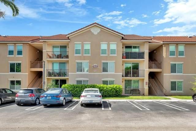 318 Villa Circle, Boynton Beach, FL 33435 (#RX-10640575) :: The Rizzuto Woodman Team