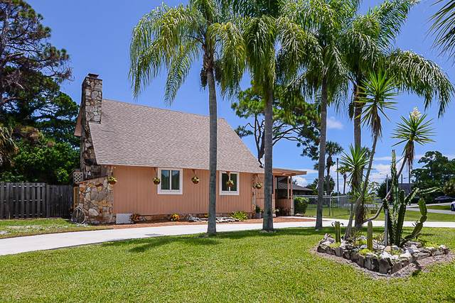 5610 Spruce Drive, Fort Pierce, FL 34982 (#RX-10640588) :: Ryan Jennings Group