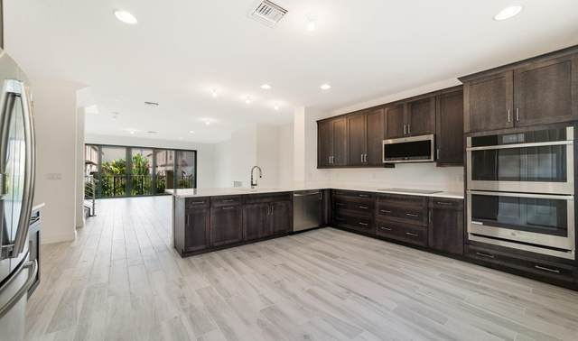 629 Windward Circle N #15, Boynton Beach, FL 33435 (MLS #RX-10640751) :: Berkshire Hathaway HomeServices EWM Realty