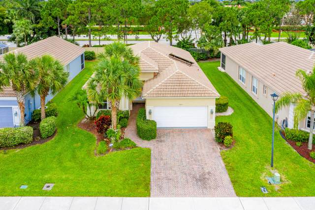 6623 Southport Drive, Boynton Beach, FL 33472 (MLS #RX-10641146) :: Laurie Finkelstein Reader Team