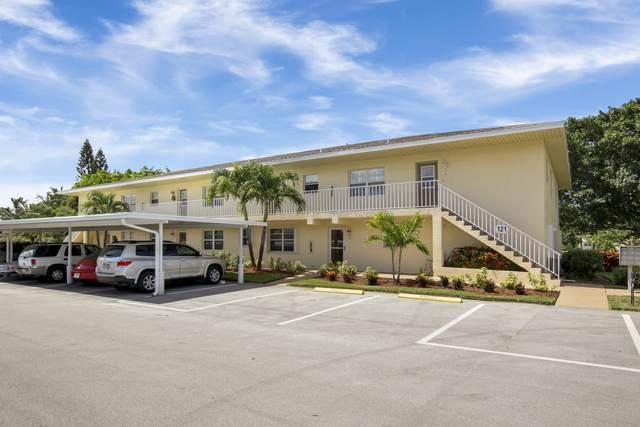 2950 SE Ocean Boulevard 121-3, Stuart, FL 34996 (MLS #RX-10641955) :: Berkshire Hathaway HomeServices EWM Realty