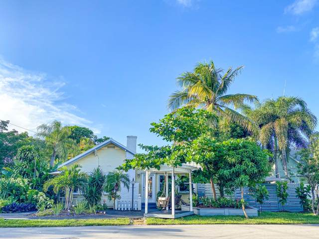 700 NE 17th Avenue, Fort Lauderdale, FL 33304 (MLS #RX-10642040) :: Berkshire Hathaway HomeServices EWM Realty