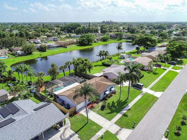 5068 Saint John Avenue N, Boynton Beach, FL 33472 (#RX-10642701) :: Ryan Jennings Group