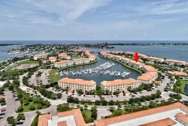 15 Harbour Isle Drive W Ph03, Fort Pierce, FL 34949 (MLS #RX-10642795) :: Berkshire Hathaway HomeServices EWM Realty