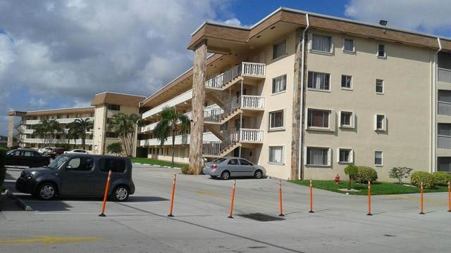 300 Village Green Circle S #119, Palm Springs, FL 33461 (#RX-10643027) :: Ryan Jennings Group