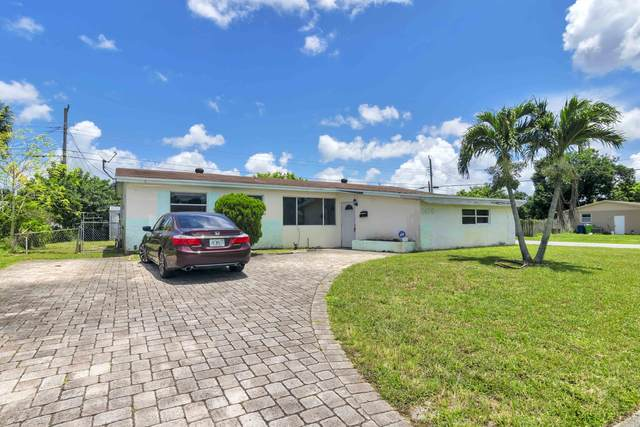 2400 NW 63rd Terrace, Sunrise, FL 33313 (MLS #RX-10643276) :: THE BANNON GROUP at RE/MAX CONSULTANTS REALTY I