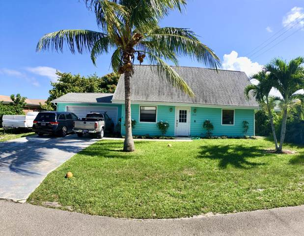 2060 NE 23rd Terrace, Jensen Beach, FL 34957 (#RX-10643560) :: The Rizzuto Woodman Team