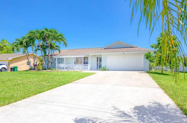 1001 SW Abingdon Avenue, Port Saint Lucie, FL 34953 (MLS #RX-10643589) :: Castelli Real Estate Services