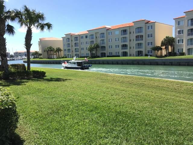 19 Harbour Isle Drive W #105, Fort Pierce, FL 34949 (MLS #RX-10643693) :: Berkshire Hathaway HomeServices EWM Realty