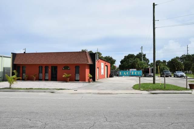 1422 Okeechobee Road, West Palm Beach, FL 33401 (#RX-10643832) :: Ryan Jennings Group