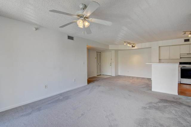 127 Yacht Club Way #207, Hypoluxo, FL 33462 (#RX-10643959) :: Treasure Property Group
