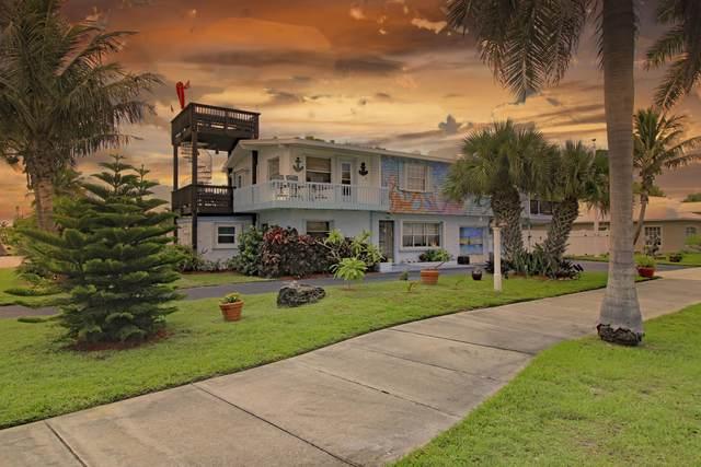 Fort Pierce, FL 34949 :: The Rizzuto Woodman Team