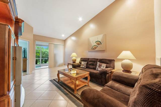 6460 Park Lake Circle, Boynton Beach, FL 33437 (#RX-10644327) :: Posh Properties