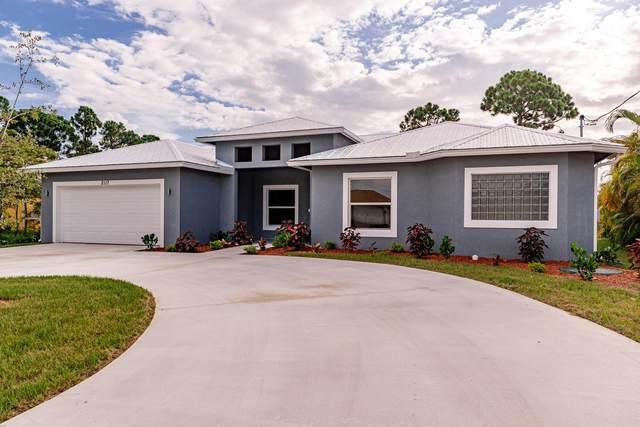 2117 SW Savage Boulevard, Port Saint Lucie, FL 34953 (#RX-10645331) :: Manes Realty Group