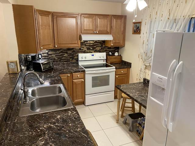 5100 Las Verdes Circle #113, Delray Beach, FL 33484 (MLS #RX-10645411) :: Berkshire Hathaway HomeServices EWM Realty