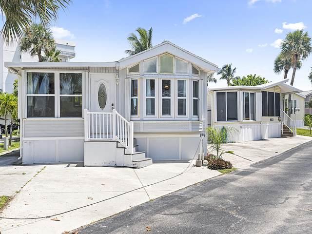 866 Pirates Cove Lane, Hutchinson Island, FL 34949 (MLS #RX-10645439) :: Berkshire Hathaway HomeServices EWM Realty