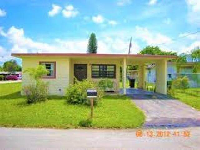 1754 NW 29th Way, Fort Lauderdale, FL 33311 (#RX-10645784) :: Ryan Jennings Group