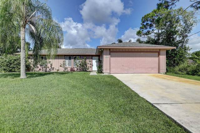 6015 Spruce Drive, Fort Pierce, FL 34982 (MLS #RX-10646070) :: The Paiz Group
