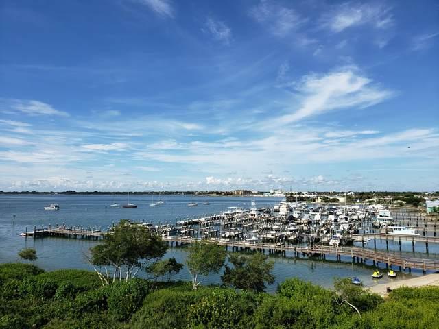 34 Harbour Isle Drive W Ph02, Hutchinson Island, FL 34949 (#RX-10646164) :: The Reynolds Team/ONE Sotheby's International Realty