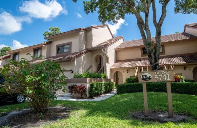 5741 Coach House Circle F, Boca Raton, FL 33486 (MLS #RX-10646183) :: The Paiz Group