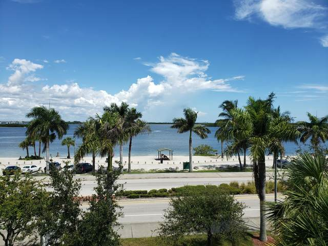 35 Harbour Isle Drive W #302, Fort Pierce, FL 34949 (#RX-10646220) :: The Reynolds Team/ONE Sotheby's International Realty