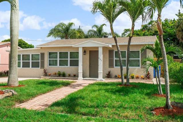 627 W Mango Street, Lantana, FL 33462 (#RX-10646482) :: The Rizzuto Woodman Team